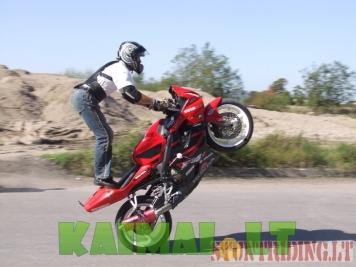Motociklų pradedančiųjų ir ekstremalaus vairavimo mokykla