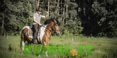 Jodinėjimas žirgais Nemuno kilpų regioniniame parke