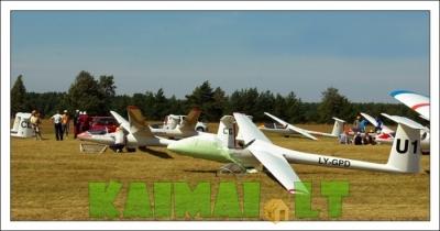 Vilniaus aerolubas kviečia išmokti sklandyti